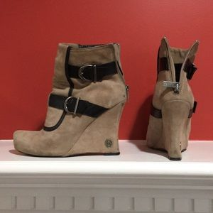 "House of Harlow 1960 ""Arissa"" Suede/Leather wedge"
